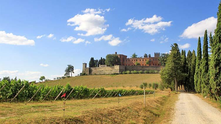 Castello di Brolio nahe Gaiole in Chianti