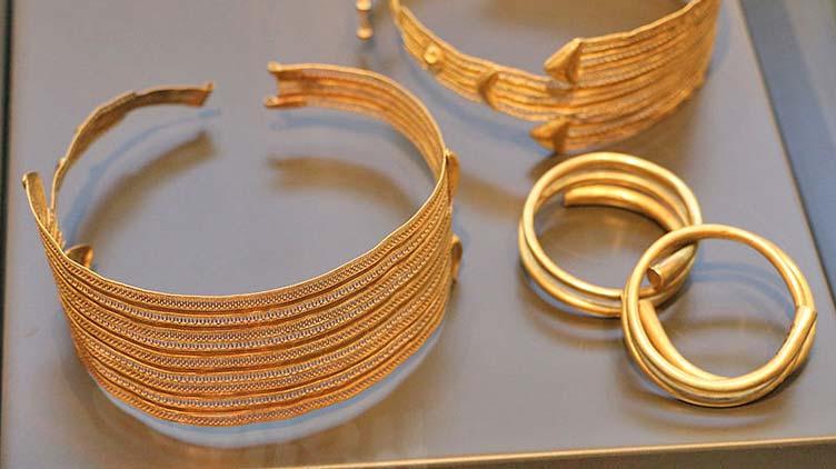 Archäologisches Nationalmuseum in Florenz: etruskische Schmucksachen